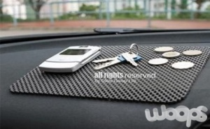 Противоплъзгаща Подложка за Автомобилно Табло