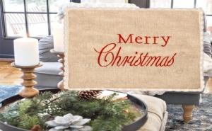 Бродирана Калъфка за Възглавница Merry Christmas с Дантела