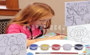Детско Платно за Оцветяване с Боички и Четка