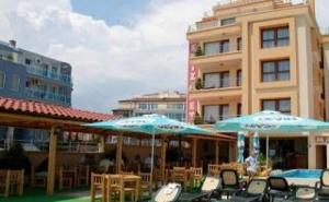 Лято 2019 в Красивия Морски Курорт Несебър, Наем на Апартамент със Закуска до 07.07 от Елизабет Бийч Хотел