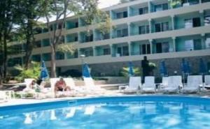 Горещо Лято 2019 в Китен, All Inclusive за <em>Двама</em> до 07.07 от Хотел Ариана