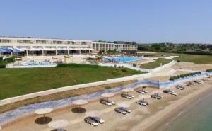 Ранни Записвания Гърция, 5 Дни за Двама Полупансион в Ramada Plaza Thraki