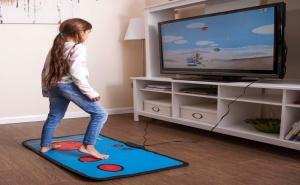 Ретро Гейминг Постелка с 200 Игри за Tv
