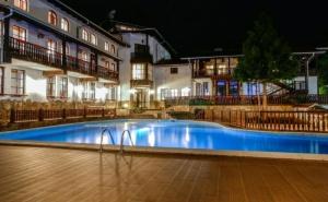 Почивка за Двама в Hotel Alfaresort Chiflika, <em>Чифлик</em>