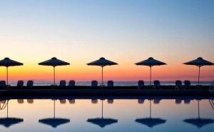 Великден на са Самия Плаж на Тасос в Makryammos Bungalows, за Три Нощувки, Закуска, Вечеря, Отопляем Вътрешен Басейн, Паркинг и Фитнес / 26.04.2019 - 30.04.2019