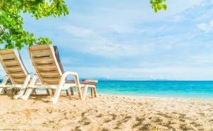 Лято и Море в <em>Китен</em>. Нощувка със Закуска* и Вечеря* в Хотел Албатрос, на 100М. от Плажа!