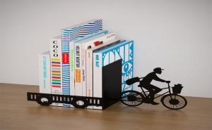 Подпирачка за Книги - Пощальон