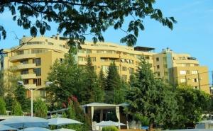 3=4 или 5=7 Нощувки на човек със Закуски + Минерален Басейн в Семеен Хотел Ботаника***, <em>Сандански</em>