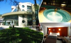 1, 2 или 3 нощувки на човек със закуски и вечери + минерален басейн в Хотел Евридика, <em>Девин</em>.