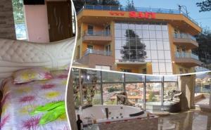 Почивка на Язовир <em>Доспат</em>! Нощувка, Закуска и Вечеря за Двама в Апартамент с Джакузи от Хотел Сафи.