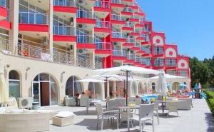 Късно Лято в <em>Слънчев бряг</em>! Нощувка на човек + Басейн в Апарт Хотел Роуз Гардън
