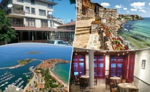 Нощувка на човек със Закуска и Вечеря по Избор + Напитки и Басейн в Семеен Хотел Слънце Vip Зона, на 100 М. от Плажа в Созопол