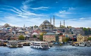 Екскурзия до <em>Истанбул</em> Всеки Четвъртък до Края на Септември! Транспорт, 2 Нощувки на човек със Закуски + Възможност за Посещение на Watergarden Istanbul  и Мол Емаар от Еко Тур