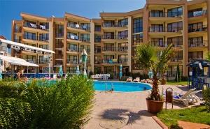 Last Minute! Нощувка без или със Изхранване + Басейн в Хотел Сий Грейс, на 5Мин. от Плажа в Слънчев Бряг.