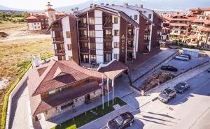 Делнична Почивка в Банско! Нощувка със Закуска и Вечеря* + Релакс Зона и Басейн в Хотел Амира 5*!