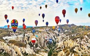 Автобусна Екскурзия до Кападокия, Анкара и Истанбул! 4 Нощувки със Закуски + Посещение на Голямото Езеро Тузгьол, Мол форум Истанбул и Одрин с Далла Турс!