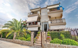 На Море в <em>Керамоти</em>, Гърция на 50М. от Плажа! Нощувка за 2-Ма, 4-Ма или 6-Ма в Апартамент или Фамилна Къща + Уелкъм Пакет в Stayinn Keramoti Vacations Apartments!