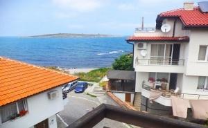 През Юни в Созопол на 1 минута от плажа! 1, 3 или 5 нощувки на човек в Къща за гости Лилия