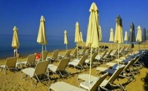 през Юли All Inclusive на 20м. от плажа в  хотел Golden Beach 3* – Metamorfosi – Халкидики