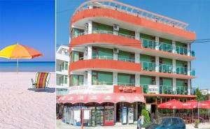 На Море в Приморско. Нощувка със Закуска или Нощувка със Закуска и Вечеря в Хотел Нортик, в Близост до Два Плажа.