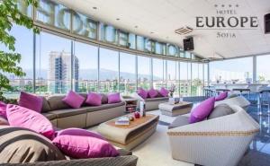 Нощувка със Закуска на човек в Бест Уестърн Хотел Европа****, <em>София</em>