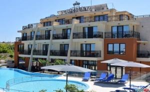 Ново Лятна Почивка Лукс Близо до Плажа в Созопол, Ранни Записвания Полупансион След 25.08 в Хотел Кристиани