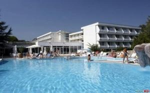 Най-Ниските Цени за All Inclusive в <em>Албена</em> След 20.08 с Шезлонг и Чадър на Плажа от Хотел Алтея