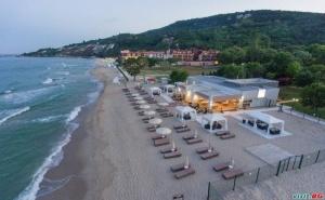 All Inclusive с Чадър и Шезлонг на Плажа от 22.08 в Хотел Ефект Алгара Бийч, Кранево
