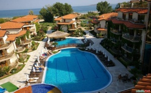 Лятна Почивка 2019 на Плаж Златна Рибка, All Inclusive с Безплатен Плаж След 26.08 в Хотел Лагуна Бийч, <em>Созопол</em>