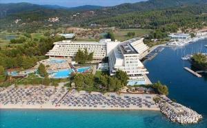5 дни за двама със закуска от 24.08 в Porto Carras Meliton Hotel