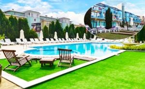 Нощувка на човек на База All Inclusive + Басейн в Хотел Пауталия, <em>Слънчев бряг</em>