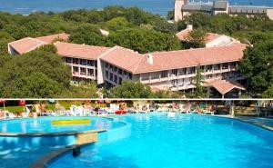 All Inclusive + Басейн в Хотел Преслав, Златни Пясъци, на 150М. от Плажа!
