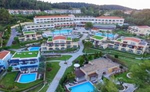 5 Дни за Двама Полупансион през Септември в Aegean Melathron Thalasso Spa Hotel