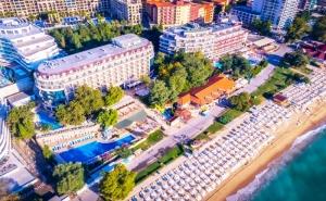 През Септември на Първа Линия в <em>Златни Пясъци</em>. Нощувка на човек на База All Inclusive + Басейни в Хотел Калиакра Палас****