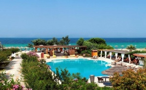 5 дни за двама със закуска от 18.09 в Antigoni Beach Hotel & Suites