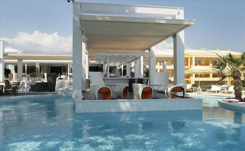 5 дни за двама със закуска и вечеря от 25.09 в Litohoro Olympus Resort Villas  & Spa