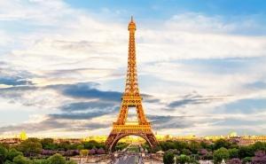 Самолетна Екскурзия до Париж, Женева и <em>Милано</em>! Двупосочен Билет + 4 Нощувки на човек със Закуски от Луксъри Травел