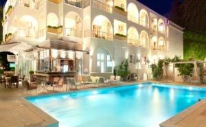 Цена с 25 % Отстъпки за Ранни Записвания в Kronos Hotel Platamoans - <em>Олимпийска Ривиера</em> за Една Нощувка на човек, Закуска, Басейн и Безплатен Интернет/ 16.09.2019 - 26.09.2019
