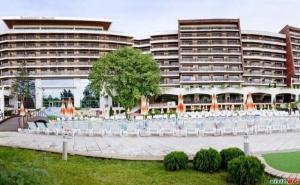 5* Звездна Нова Година в Албена, Спа Забавления, Басейн и Богата Програма от Хотел Фламинго Гранд