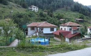 Нощувка за 14+2 Човека + Механа в Бащината Къща Край Пловдив - с. Здравец