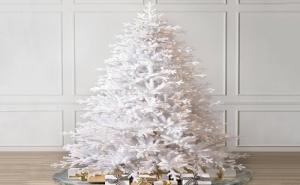 Голяма Красива Коледна Елха