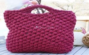 Ръчно Плетена Дамска Чанта Цвят Бордо