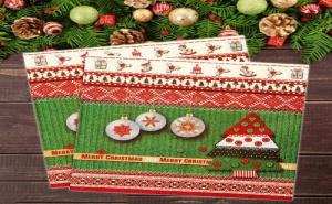 Коледни Салфетки в Червено и Зелено с Елха