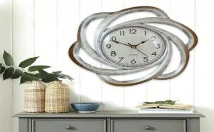 Декоративен Стенен Часовник с Орнаменти