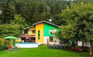 Наем на Самостоятелна Къща за до 10 Човека + Барбекю във Вила Колор, с. Горно Трапе, до <em>Троян</em>