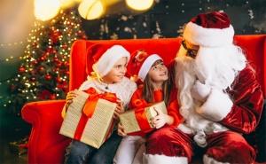 За Нова Година Посещение на Дядо Мраз и 30 мин. Забавление за до 5 Деца от Театър Пан
