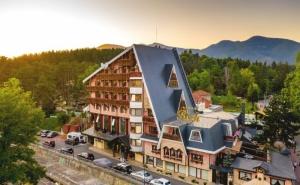 2 нощувки на човек със закуски или закуски и вечери + минерални басейни и СПА пакет от хотел Рич*****, Велинград