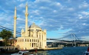 Предколедна Екскурзия до Истанбул! Транспорт + 2 Нощувки на човек със Закуски + Панорамна Обиколка на Истанбул. Тръгване от <em>София</em> с Караджъ Турс