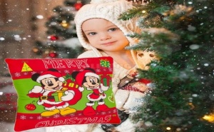 Сладурска Детска Коледна Възглавничка с Мини и Мики Маус