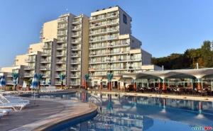 Лято 2020 в <em>Албена</em> на Първа Линия, Цена на човек за All Inclusive до 01.07 и След 25.08 в Хотел Боряна
